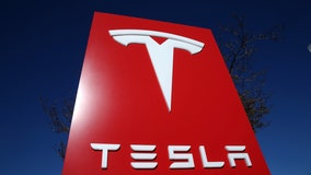 Tesla reverses course, agrees to recall 135,000 vehicles over failing touchscreens