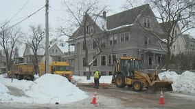 Water main break causes mess on Milwaukee's east side