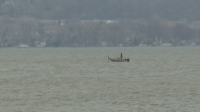 Bodies of 2 missing canoers recovered from Lake Winnebago