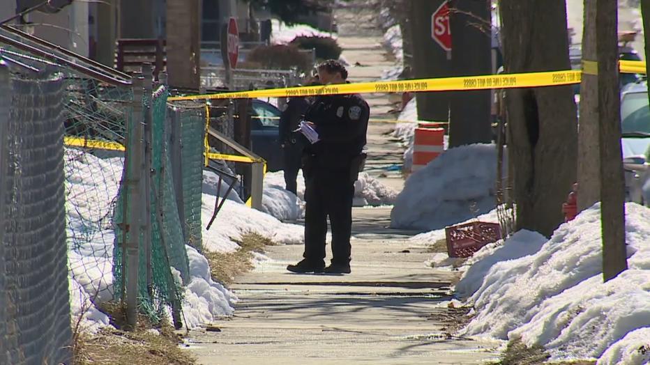 Milwaukee police at shooting scene near 23rd and Melvina