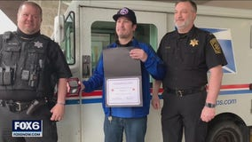 Cedarburg mail carrier saves man's life after fall