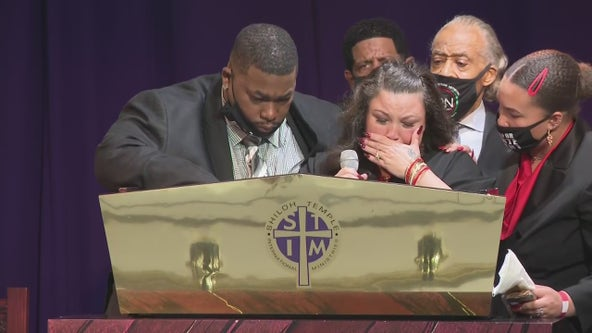 Daunte Wright funeral: Family members mourn, Rev. Al Sharpton delivers eulogy