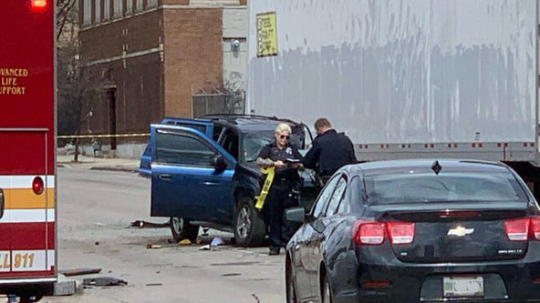 MPD: 65-year-old man dies in crash at 32nd and Fond du Lac
