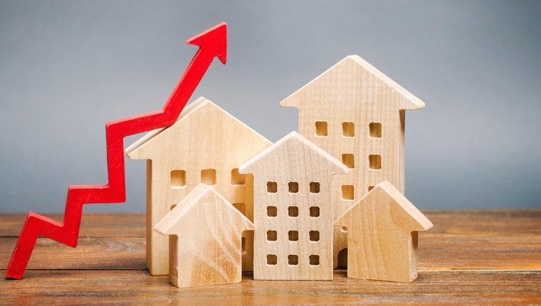 Credible-mortgage-refinancing-iStock-1191882894.jpg