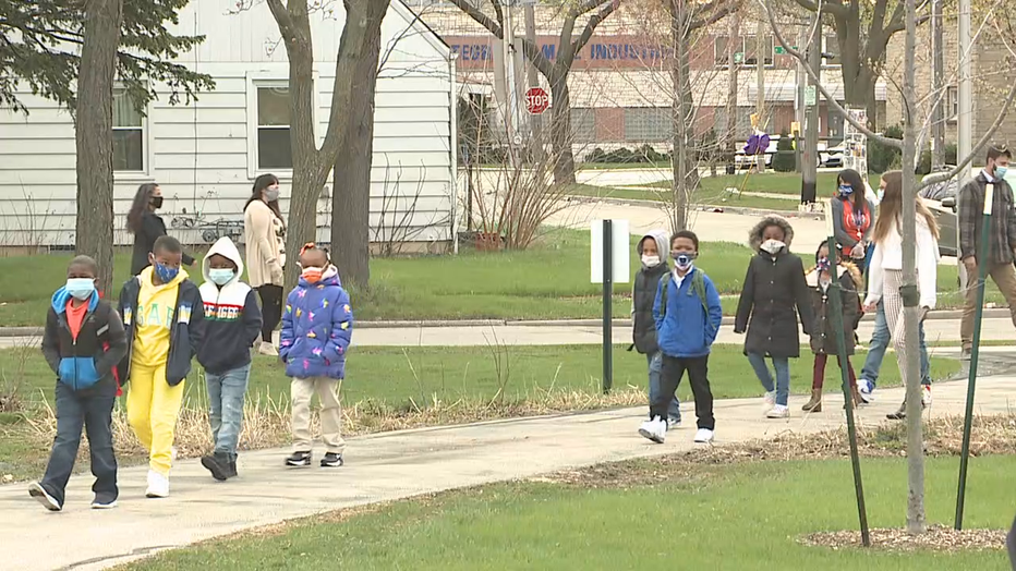Milwaukee Public Schools welcomes students back to in-person learning