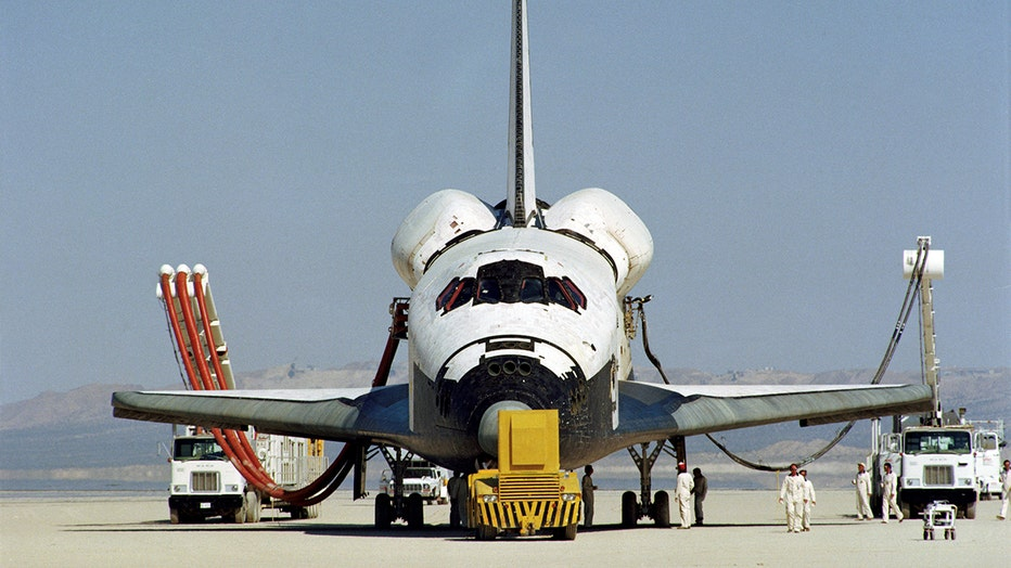 abecc996-STS1-18.jpg