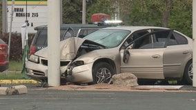Racine police: Driver injures 4 including 2 children