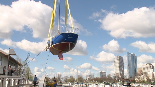 Boats launch for Milwaukee sailing season start