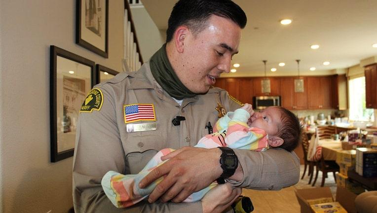 deputy-saves-baby