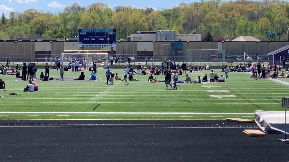 Students outdoors at Waukesha North HS after bomb threat