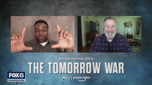Gino has the scoop on 'The Tomorrow War'