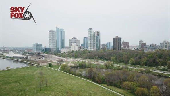 Milwaukee city employees return to work Monday