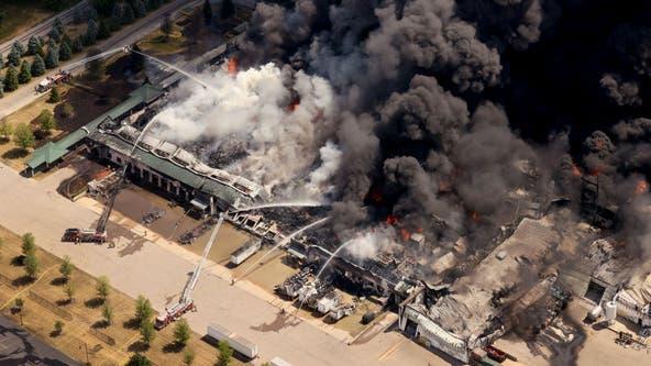 Foam set to be sprayed onto burning Illinois chemical plant