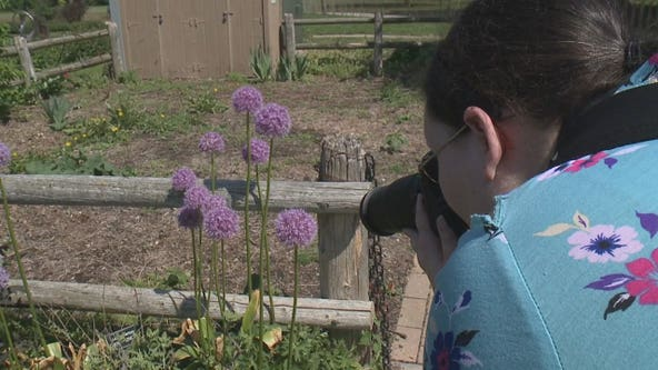 Legally blind photographer keeps her purpose in focus