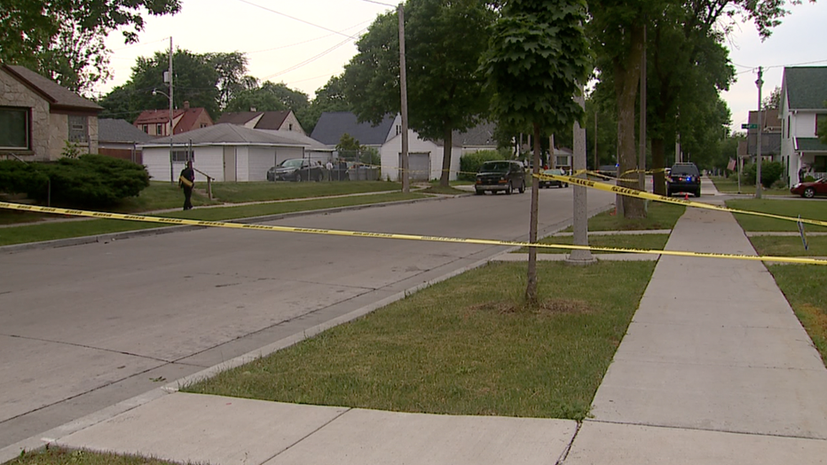 Homicide investigation at 45th and Hope, Milwaukee