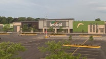Festival Foods opens in Greenfield