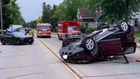 2-vehicle crash South Milwaukee; both drivers OK