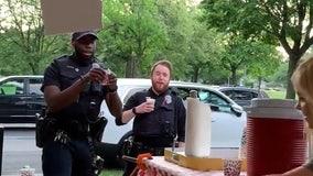 Milwaukee officers surprise lemonade makers with generous tip