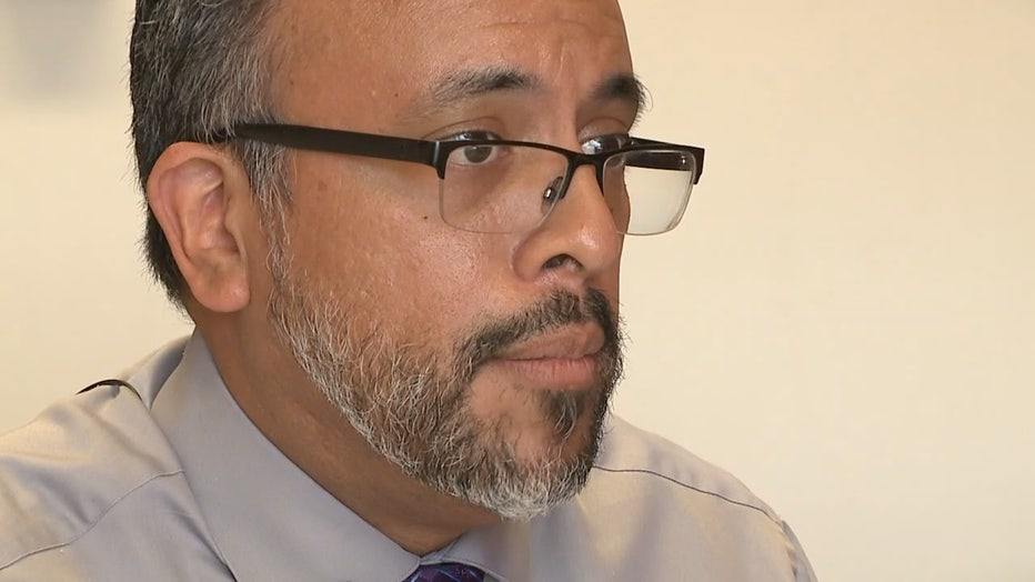 Dr. Marco De La Cruz