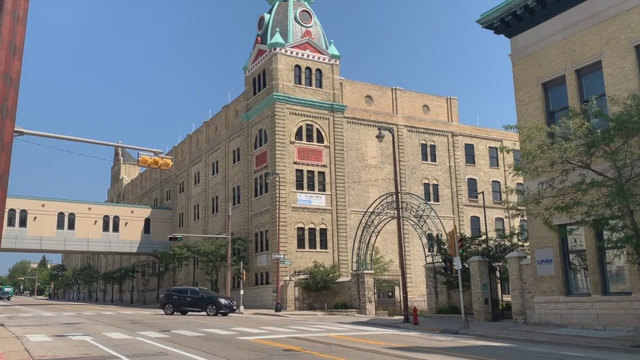 Golda Meir School, Milwaukee