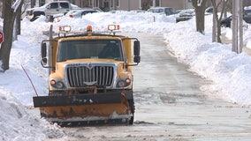 Snowplow drivers: Milwaukee lacks enough qualified drivers for season