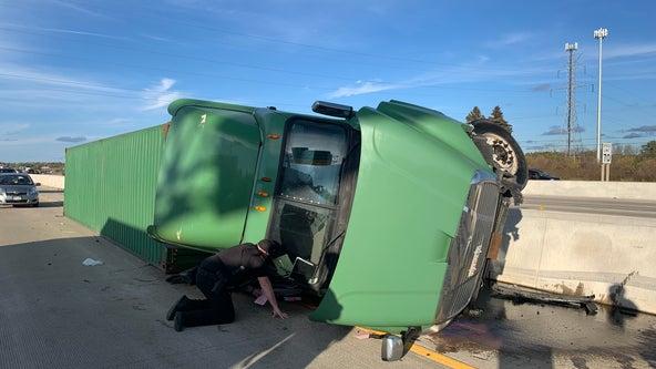 Racine County I-41/94 semi crash, minor injuries after tire failure