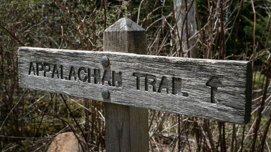 Appalachian-Trail-sign.jpg