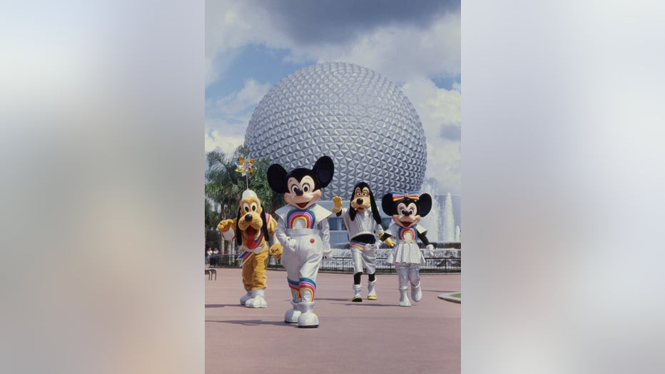a09f6eec-WDW-50-Mickey-and-Pals-at-EPCOT.jpg
