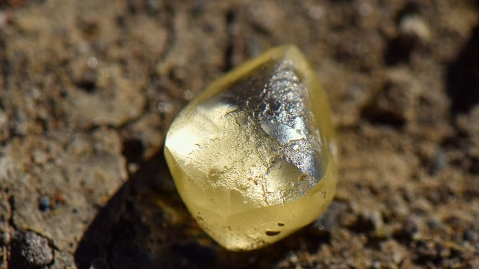 Woman finds diamond at Arkansas state park