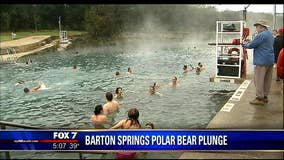 Austinites take the plunge in Barton Springs on New Year's Day