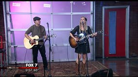 Music in the Morning: Robynn Shayne Performance