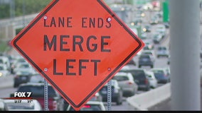 Lane restriping in construction zones causing chaos on I-35