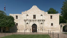 The Alamo to install temporary fencing amid protests