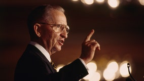 Texas billionaire Ross Perot dies at age 89