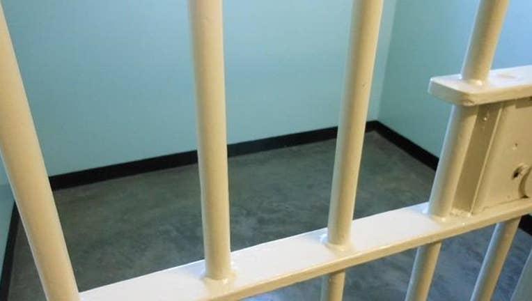 prison-jail-cell-404023.JPG
