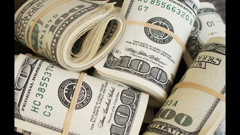 money-rolls-404023.jpg