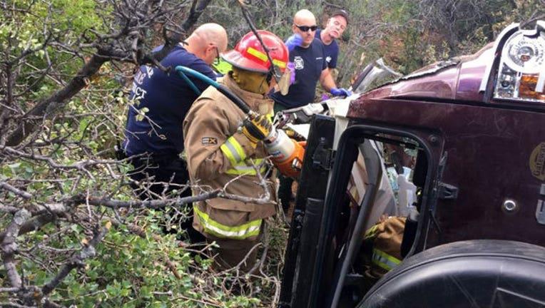 8eda8fbc-Arizona-car-rescue_1464549781722.jpg