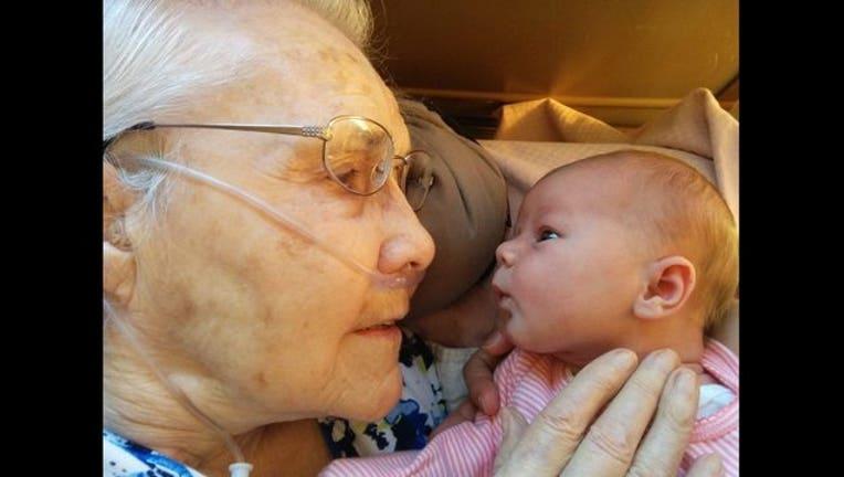 Baby goes viral twice_1443445300114-401096.jpg