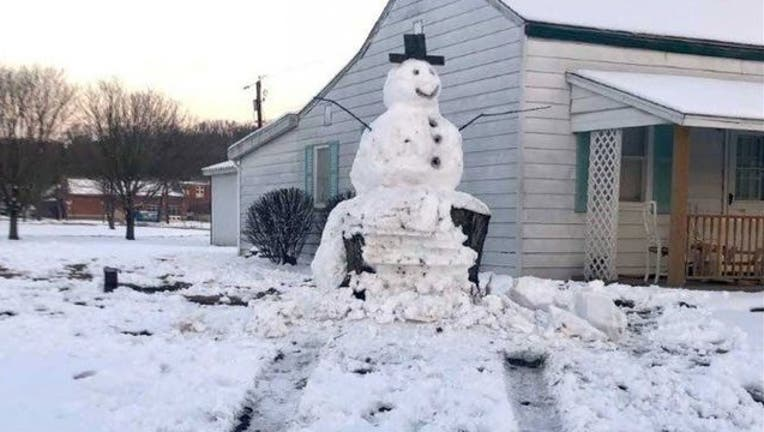 92520ac3-CODY LUTZ MEDIA_snowman_011719_1547732569826.jpg-402429.jpg