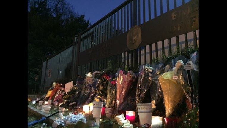 French Embassy memorial 111415-401720