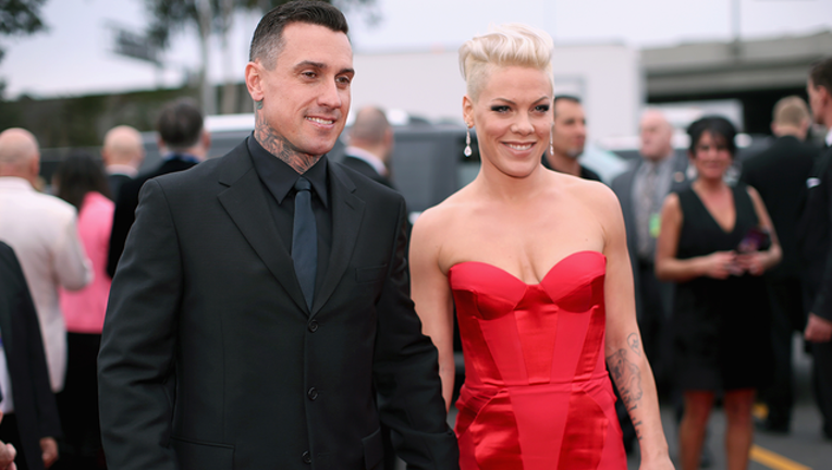 GETTY_carey hart pink_013119_1548950275635-402429.png