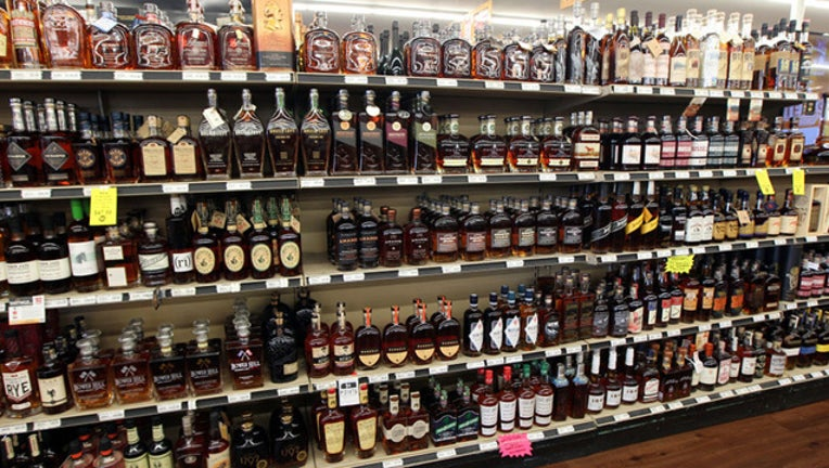 Liquor store shelves GETTY-409650