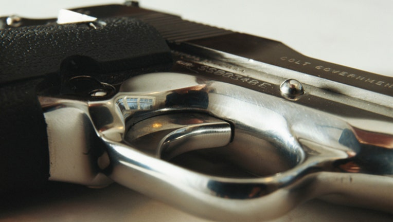 Handgun_1448311715597.jpg