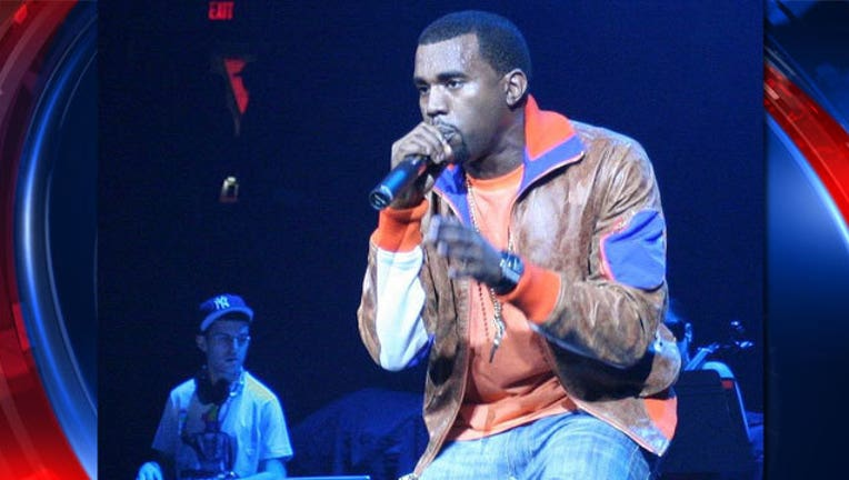 e5b7bf03-Kanye-West_1466888422800.jpg