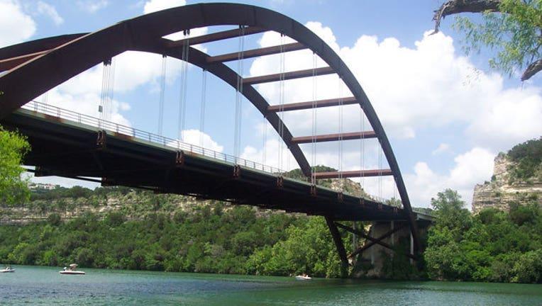 32c78bae-Lake-Austin_1467578511723.jpg