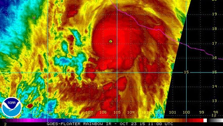 NOAA Hurricane_1445616265537.jpg