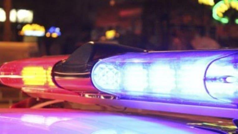 POLICELIGHTS_1545061552390-408795.jpg
