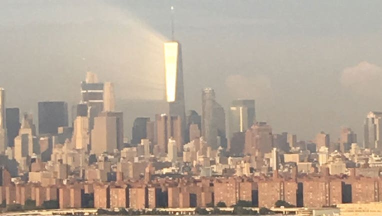 Ray of Light Beams Off 1 WTC-402970
