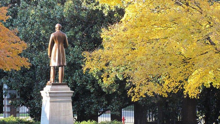 Vanderbilt-University_1466303574341.jpg