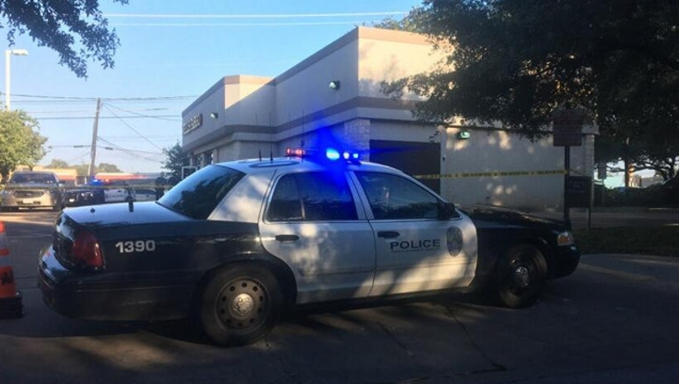 Wells Fargo bank robbery_1526003411614.jpg.jpg